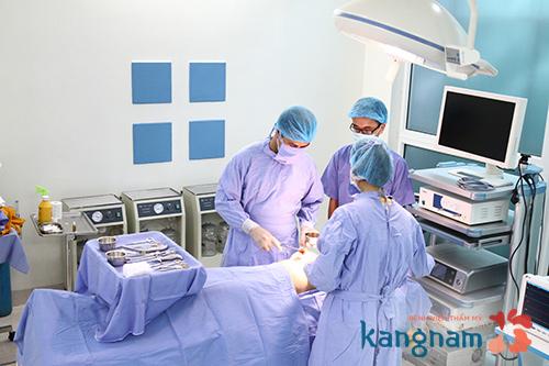 Yếu tố cơ sở vật chất và tay nghề bác sĩ ảnh hưởng trực tiếp tới kết quả nâng ngực1