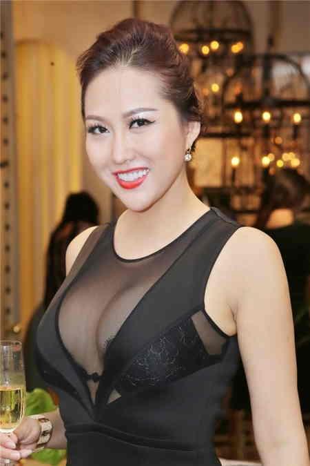 Phi Thanh Vân rất hài lòng với vòng 1 hiện tại của mình1